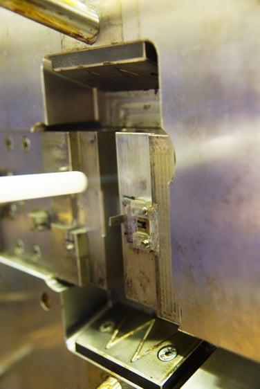 Dry Ice Blasting Plastics